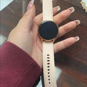 Rose gold galaxy watch active 40mm